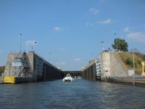 Leaving Lockport Lock