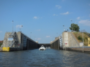 Leaving Lockport Lock