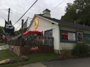 No Wake Zone Bar & Grill