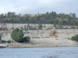 Rock quarry & plant - MS River