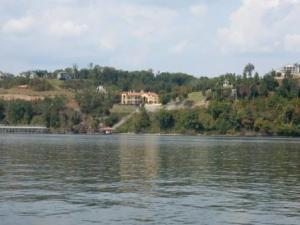 Homes on Pickwick Lake