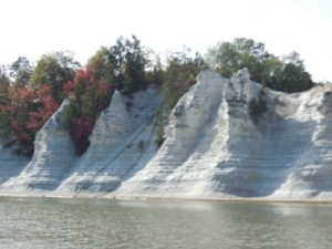 White cliffs near Epes