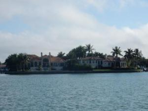 Homes on Bird Key near SYC