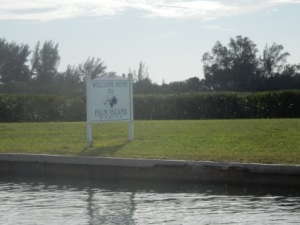 Palm Island Marina sign