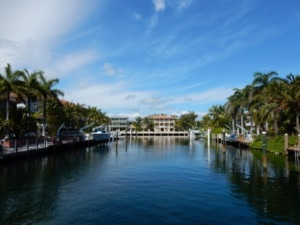 Entering Port Largo Canal