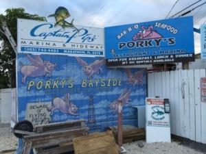 Porky's sign