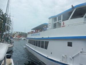 Key Largo Princess II passes by our Boat - Yaniglos family aboard