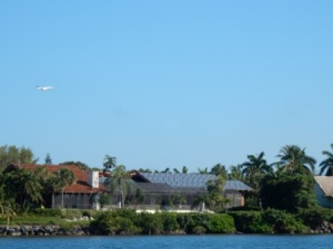 Jets leaving Ocean Reef