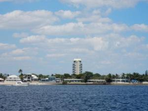 Pier 66
