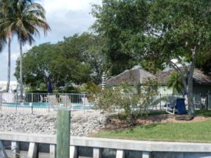 Mariners Cay marina pool