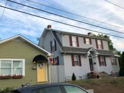 Houses in Eastport