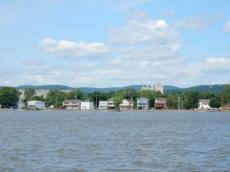 Houses on Haverstraw Bay near Panco Fuel