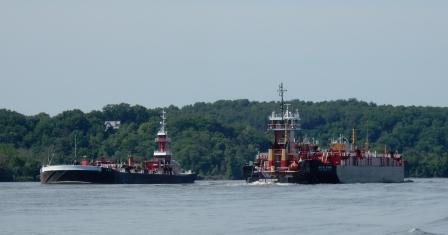 Passing barges