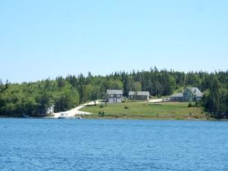Homes Near Beaver Island