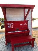 Piano in park
