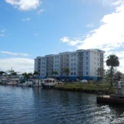 Cape Crossing Resort & Marina
