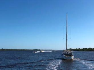 Slow boat traffic
